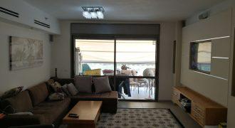 דירת 5 חדרים בבניין מפואר