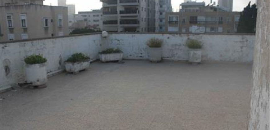 דירת גג ענקית ברמת גן