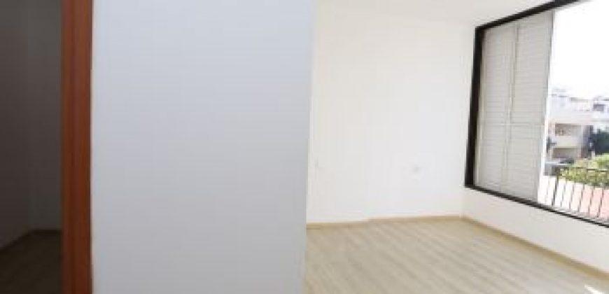 """דירה 4 חד' מתאימה לשותפים בת""""א"""