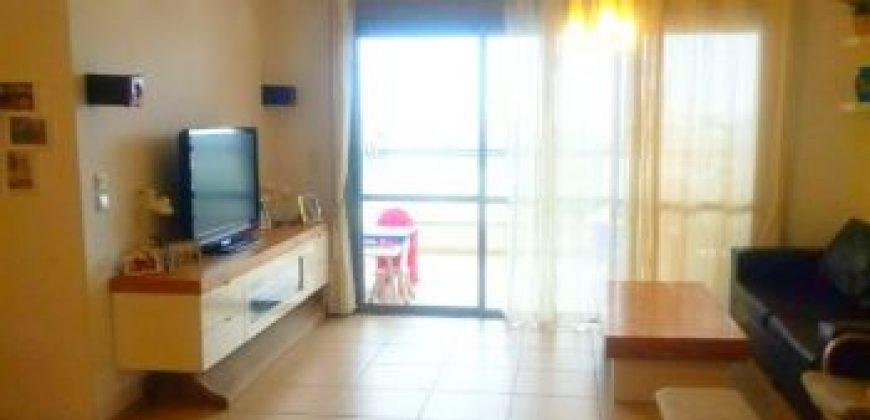 דירה 4 חדרים יפייפיה ביבנה
