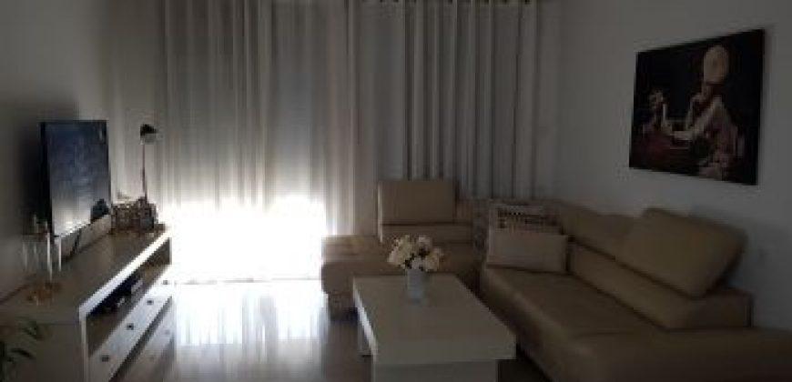 דירת 4 חדרים קרובה לים באשקלון