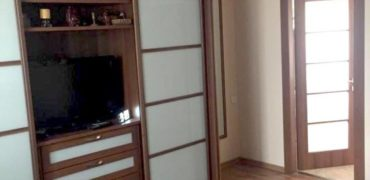 קוטג׳ דו משפחתי 5 חדרים משופץ. בחדרה, שכונת בית אליעזר.